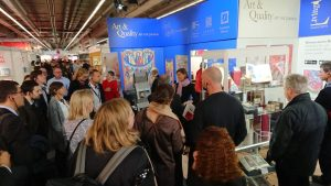 FBM19, Frankfurter Buchmesse 2019, bringing medieval manuscripts alive, Guided tour at our exhibition stand; showing our augmented reality app, History meets High-Tech