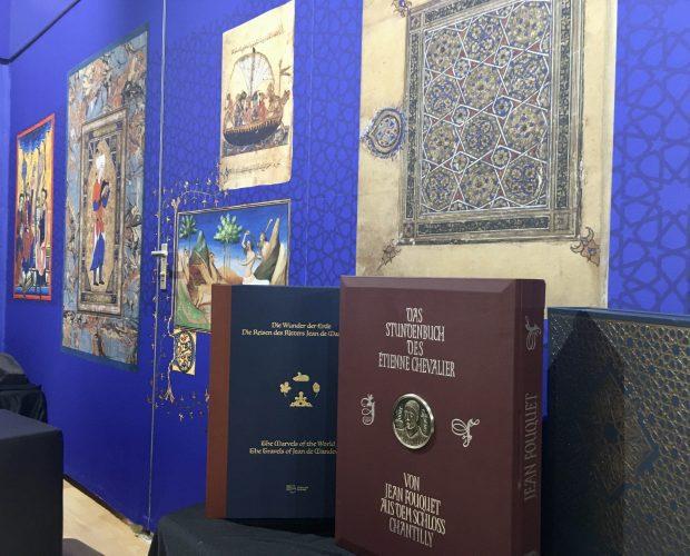 FBM 2019, Frankfurter Buchmesse, Stundenbuch des Étienne Chevalier, von Jean Fouquet aus dem Schloss Chantilly, Messestand, Die Wunder der Erde, Die Reisen des Ritters Jean de Mandeville