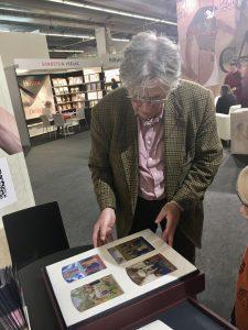 FBM 2019, Frankfurter Buchmesse, Univ. Prof. Dr. Eberhard König, Stundenbuch des Étienne Chevalier, von Jean Fouquet aus dem Schloss Chantilly